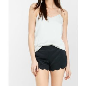 Express Scallop black shorts